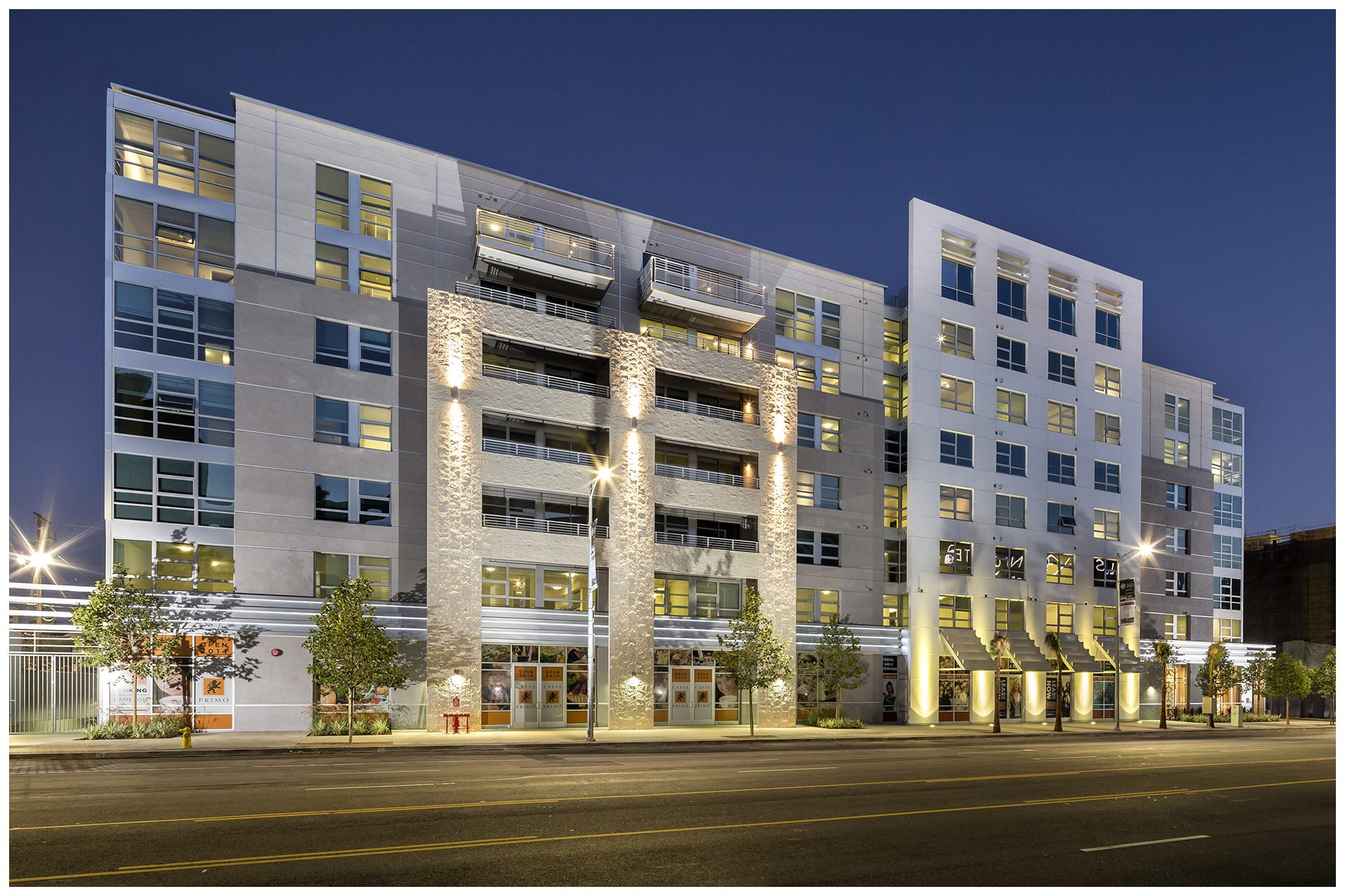 AVANT - DOWNTOWN443 rental units & 11000 SF of retail space in 3 buildings  in downtown Los Angeles. Media Systems provided:Apartment Audio system in all unitsCommon Area WiFi and AV