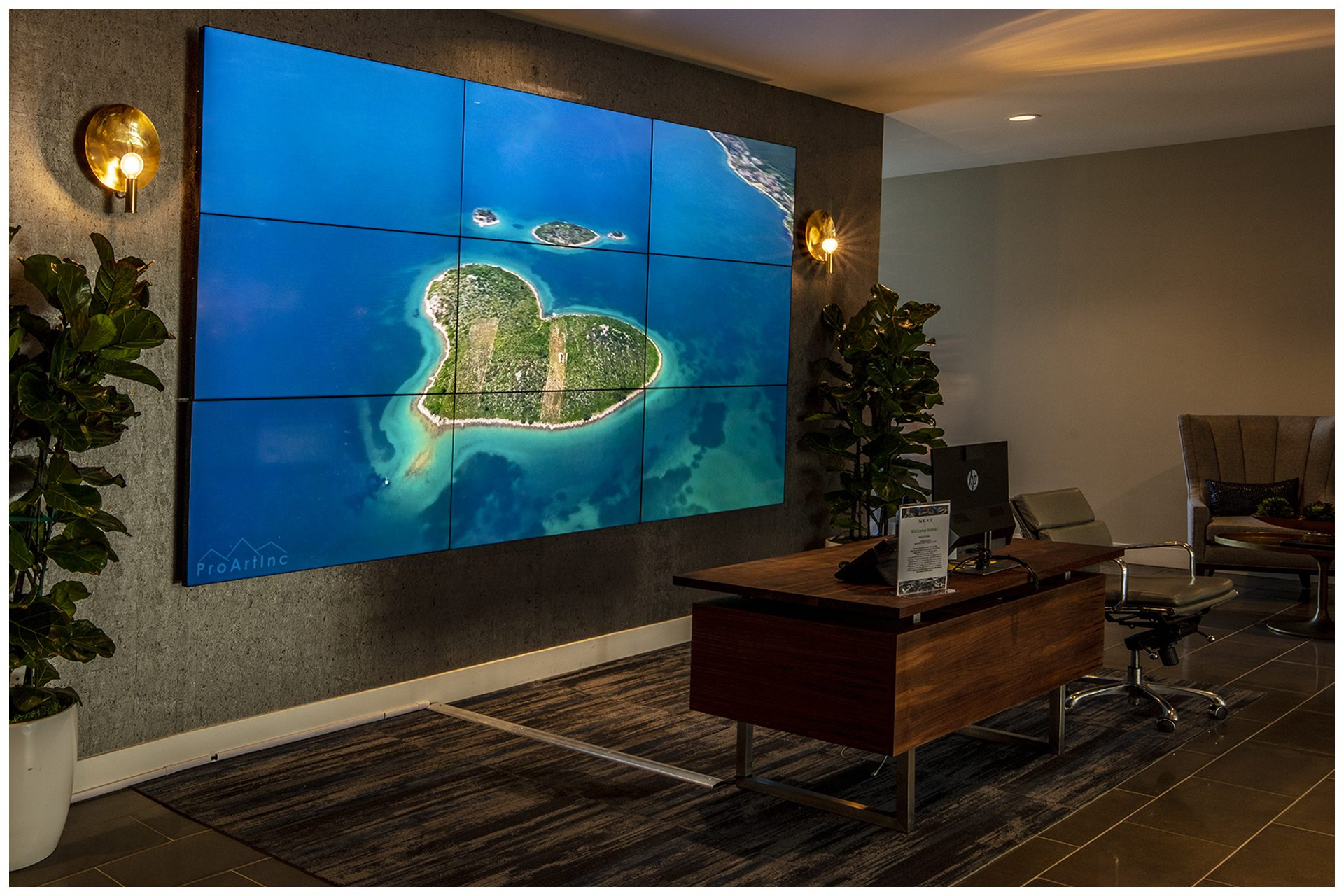 Commercial Services - Video Wall - Slider - Photo 2